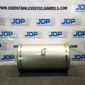 33 Gal 304 NEW SS Closed Barrel w/ 2″ fitting in Middle (1.5mm)