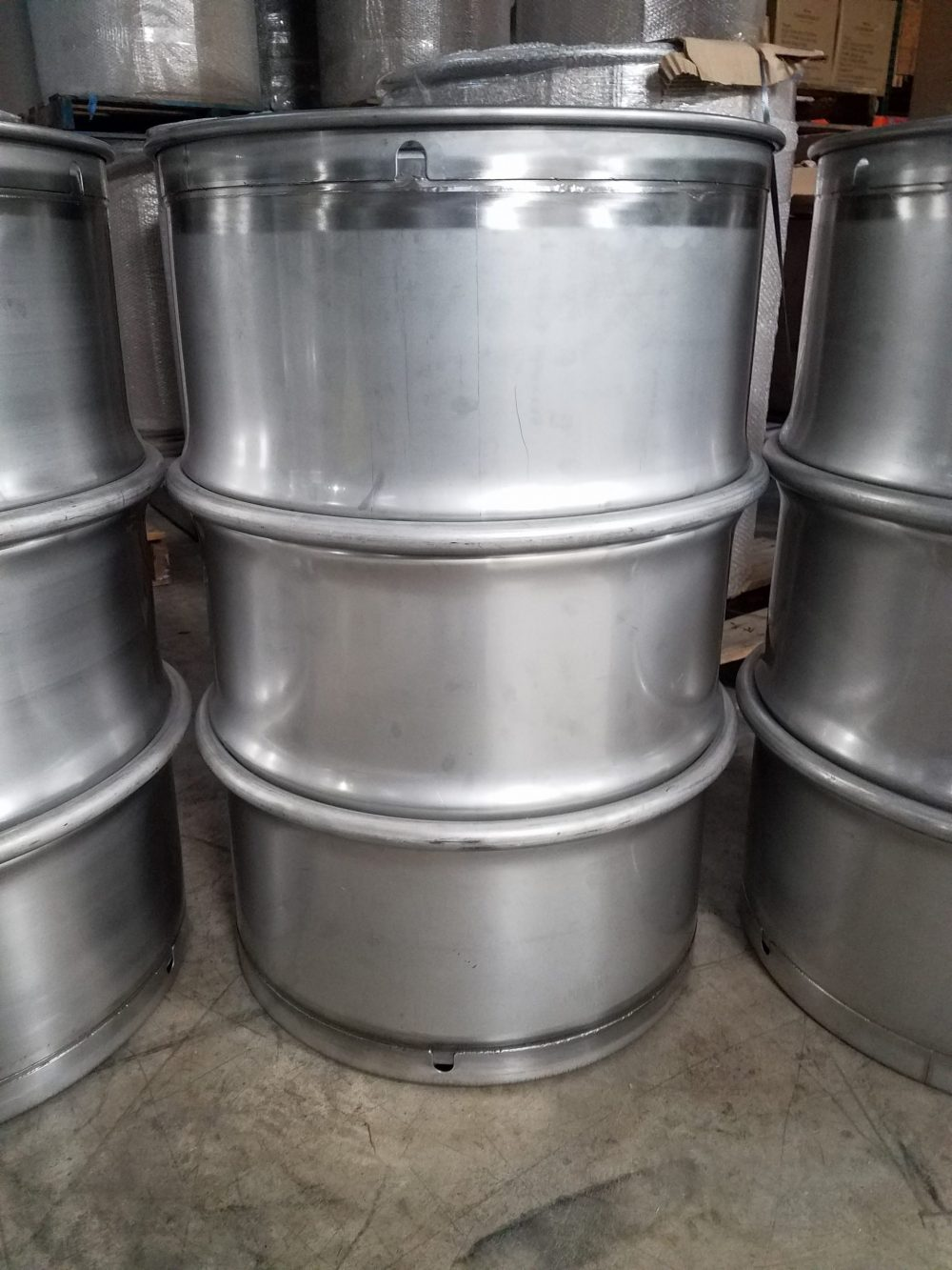 Nitric acid stainless steel drums